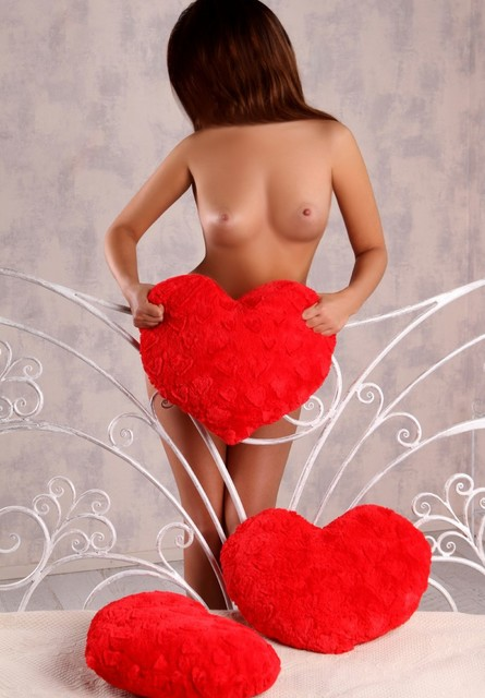 cheap escorts london Elissa 4_b.jpg