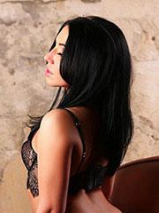 Dominika escort girls