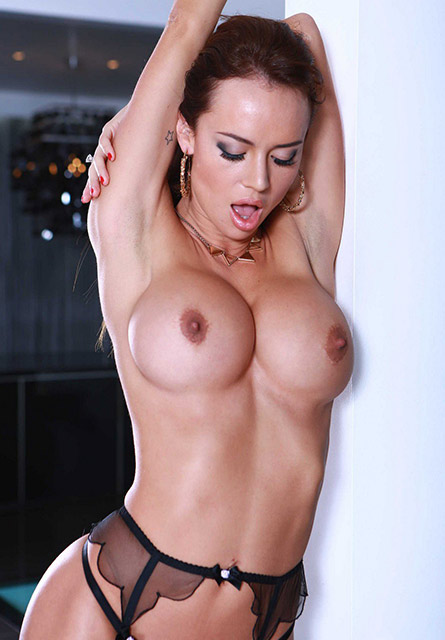 outcall london escorts Natty 2_b.jpg